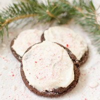 Chocolate Peppermint Cookies with Vanilla Buttercream