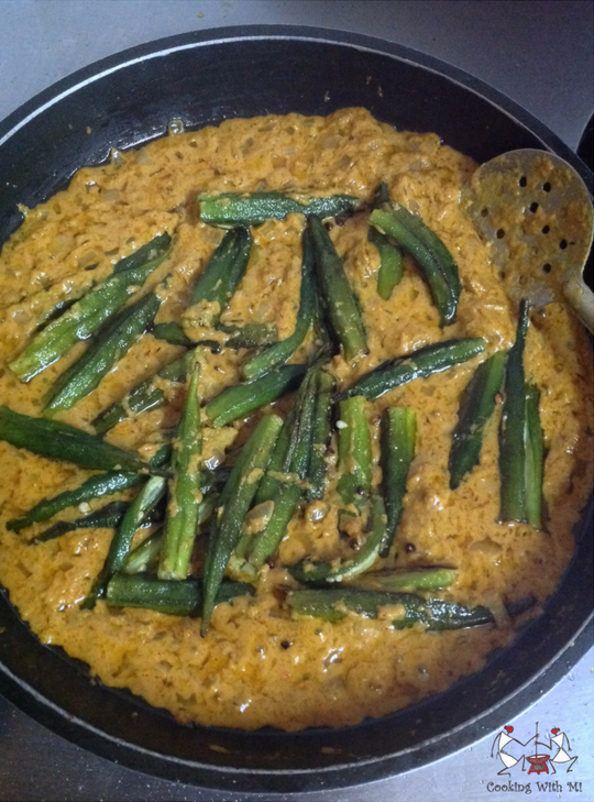 Bhindi ka saalan Okra in gravy Cooking With Mi Vidya Sury (2)