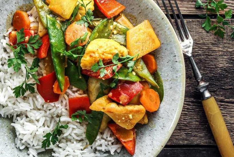 Curry Joghurt Huhn mit Gemüse
