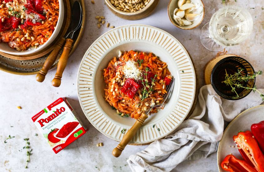 Tomaten-Pastasotto mit Paprika