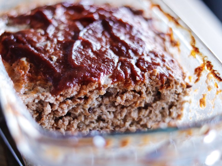 RECIPE | Tessemae's Turkey Meatloaf | cookithealthier.com