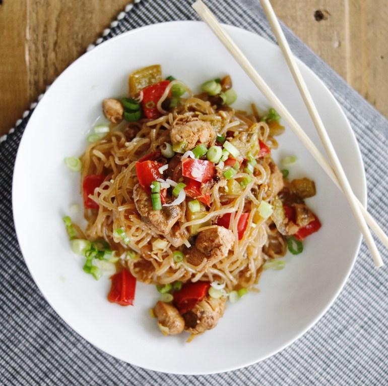 Recipe | Thai Drunken Noodles with Chicken | cookithealthier.com