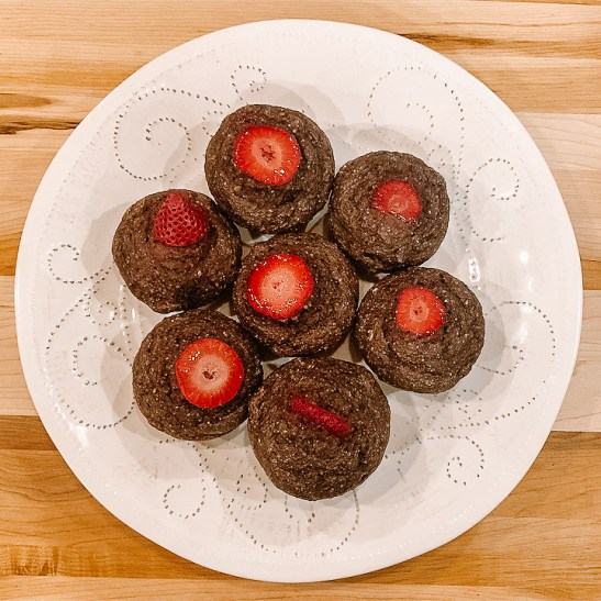 strawberry blackberry simple-6 BOMs (banana oat muffins)