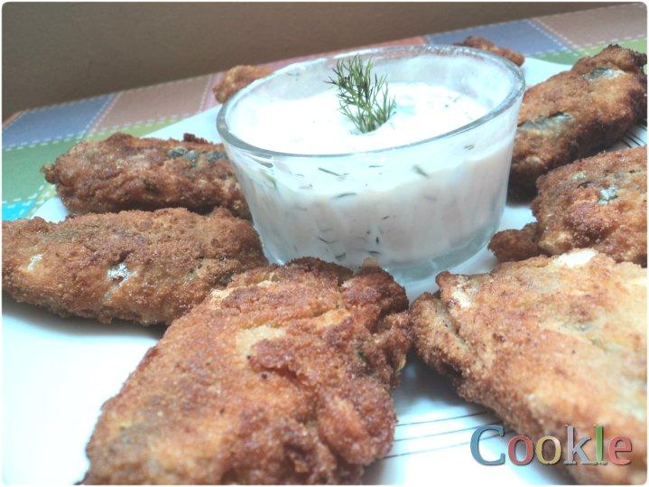 """Σαρδέλες """"παντρεμένες"""" με λευκή σος γιαουρτιού https://cookleit.wordpress.com/2014/03/18/stuffed-sardines/"""