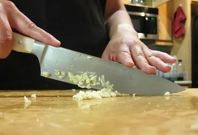 Chopping Garlic - Do I Need A Duplicate Knife?
