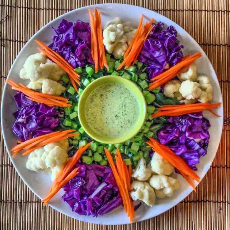 blanched salad, rainbow veggie platter