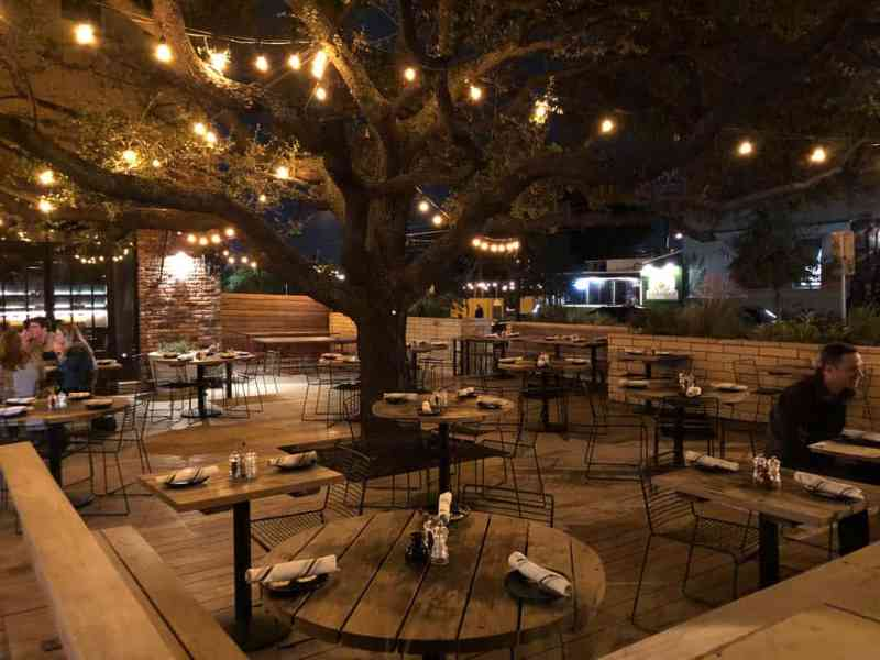 Outdoor seating area at Il Brutto in Austin, TX