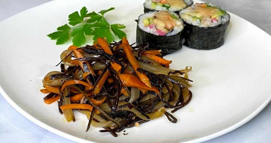 Arame Kinpira with Carrot and Onion