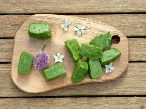 Chive cubes – onion flavour without the FODMAPs