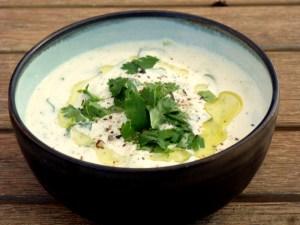 Low FODMAP Yoghurt and Cucumber Dip