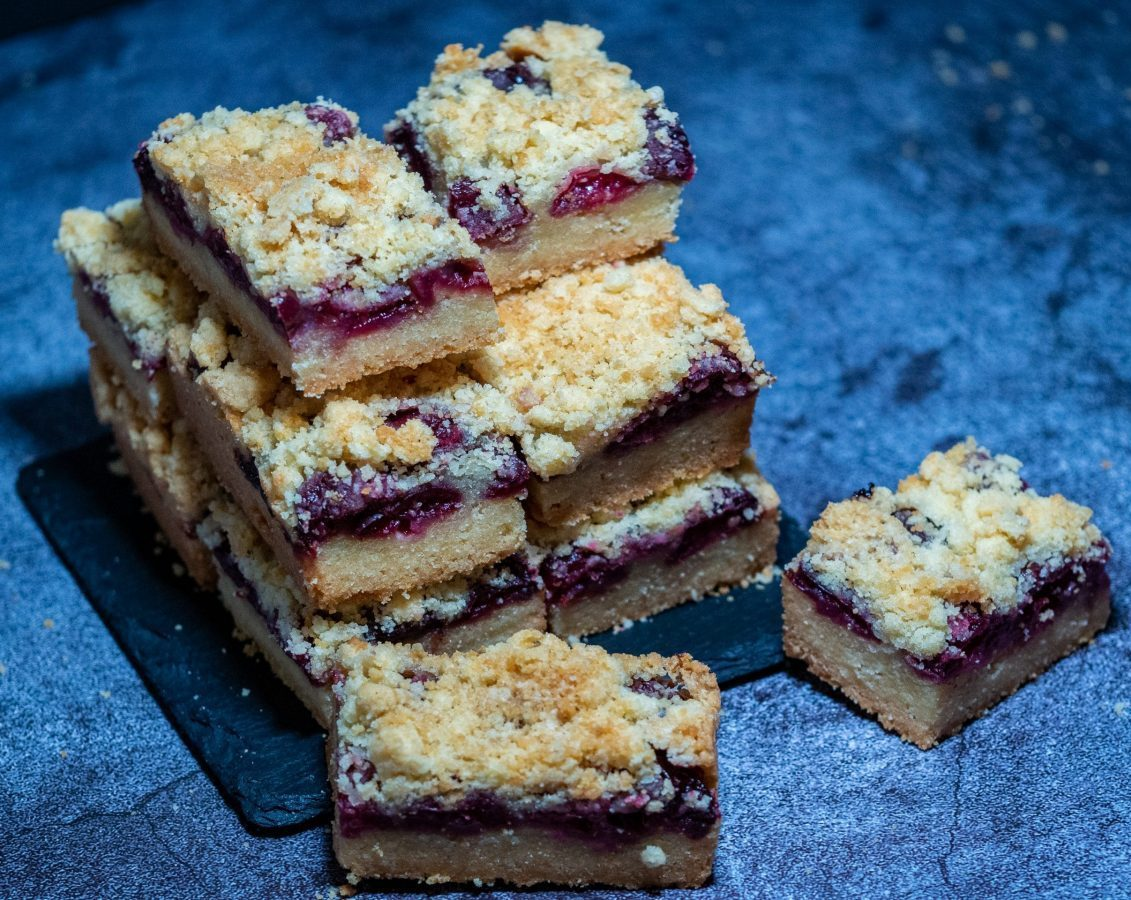 Easy cherry and thyme short Shortbread Cookie  Bars
