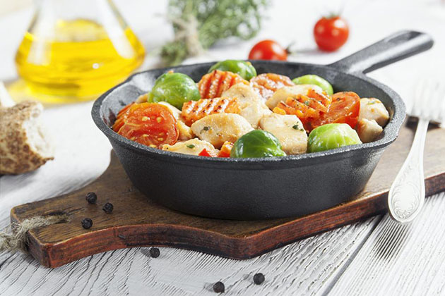 Things To Look For Before Buying Cast Iron Cookware - Get a Starter Pan