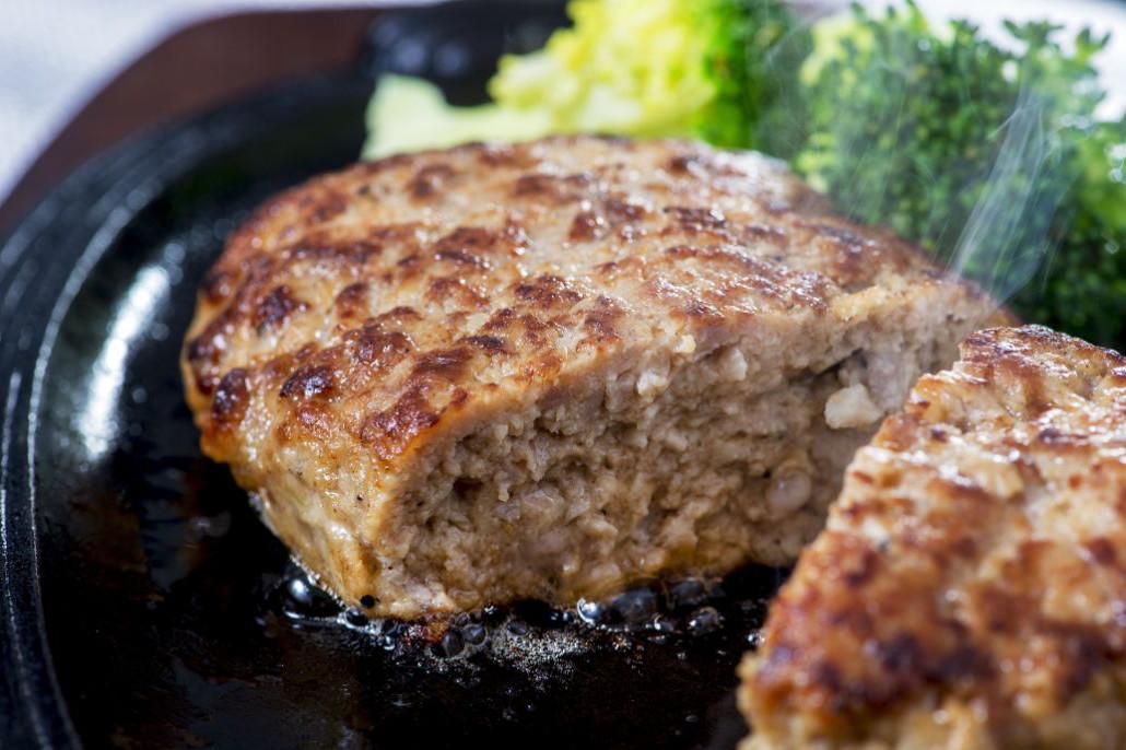 ハンバーグ 冷凍 豆腐 【ハンバーグの冷凍】生で? 焼いてから?