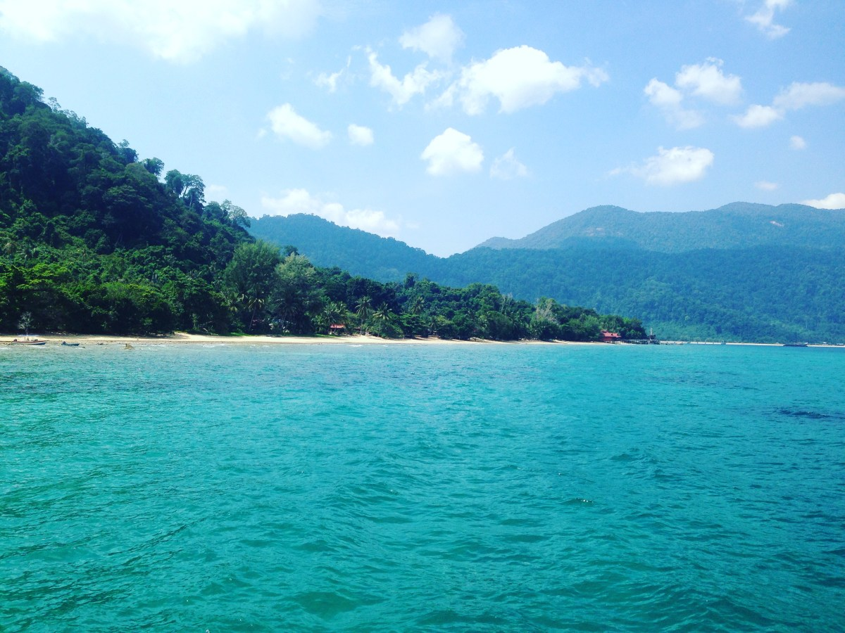 How to get to one of the most beautiful island in Malaysia - Pulau Tioman