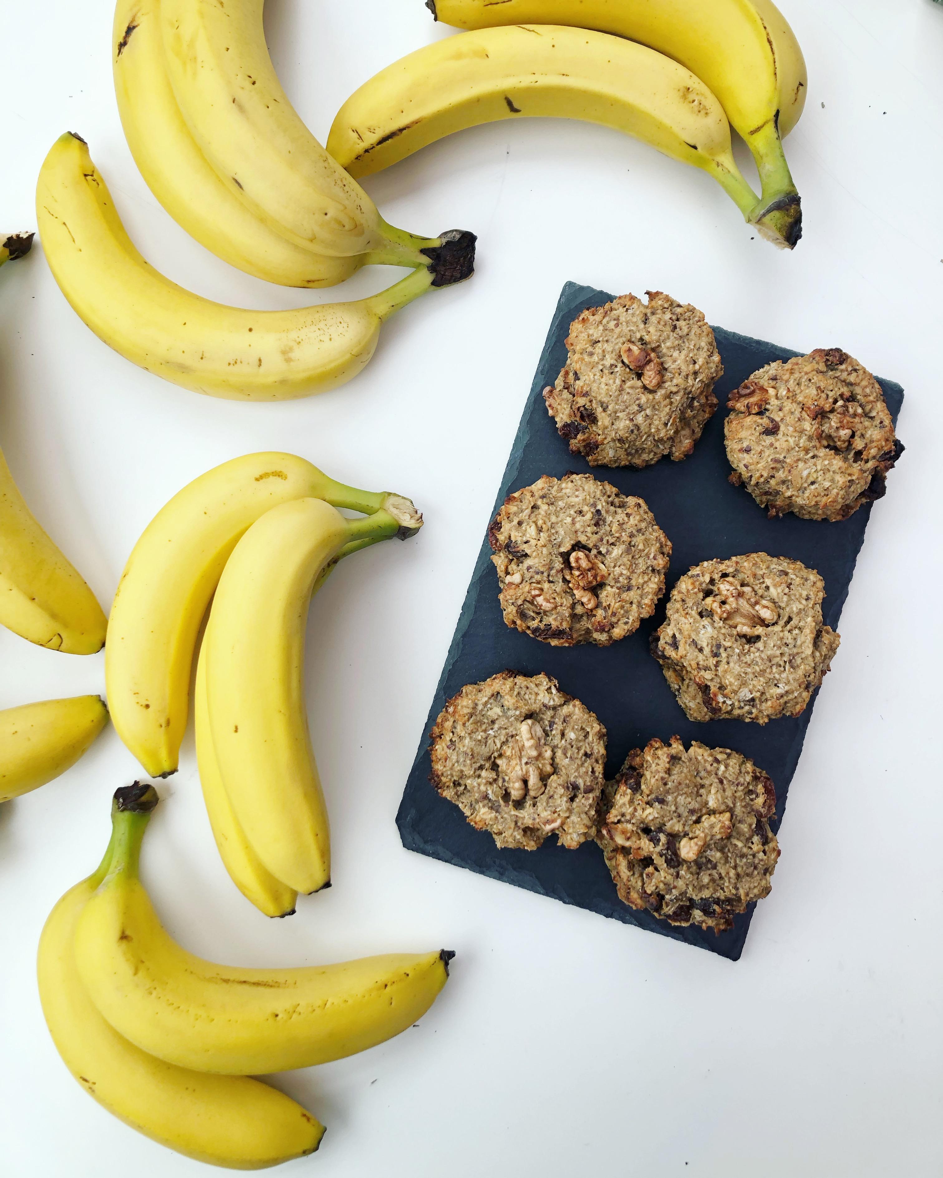 Vegan Banana Peanut Butter Cookies (bolachas veganas de banana e amendoim)