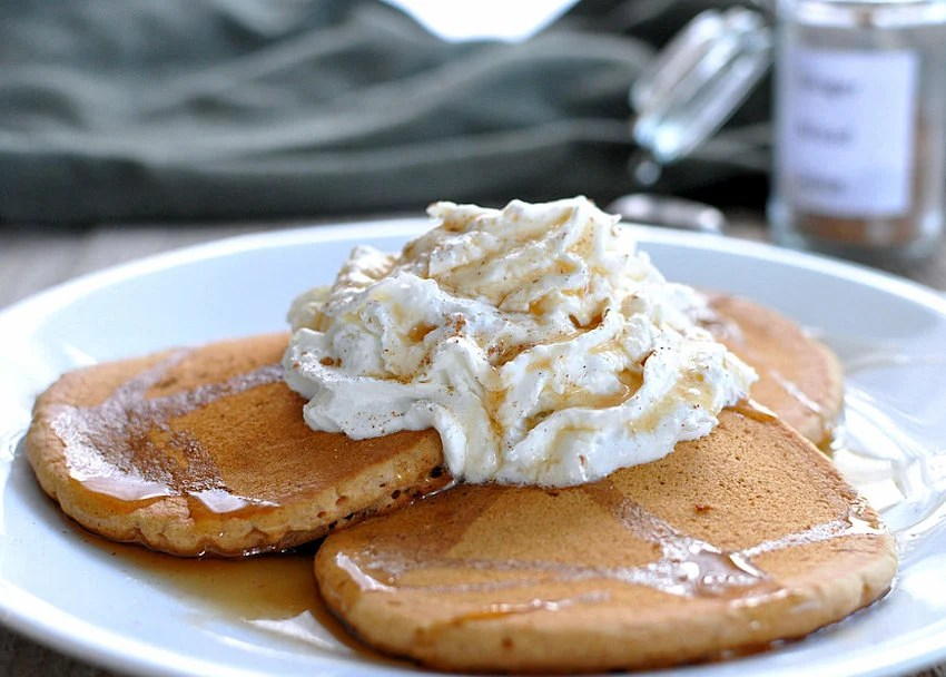 Quick and Easy Gingerbread Pancakes