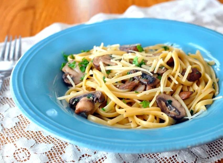 Sage Baby Bella Mushrooms with Pasta