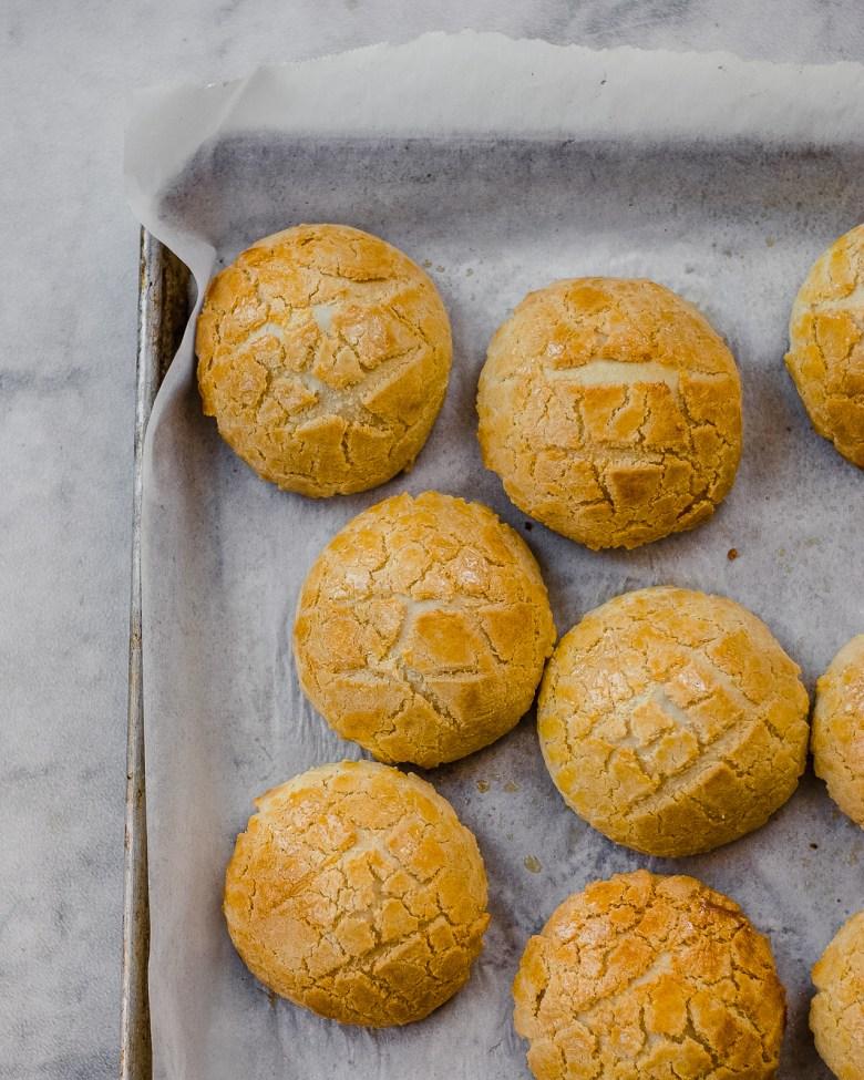 pineapple coconut buns