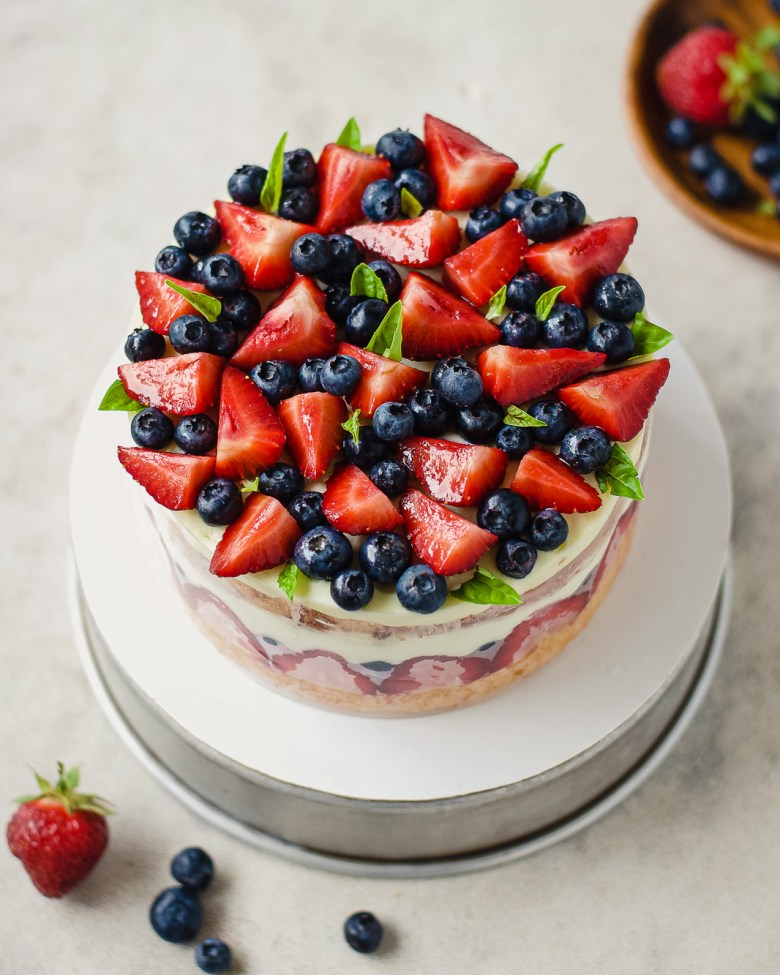 berry basil fraisier top down