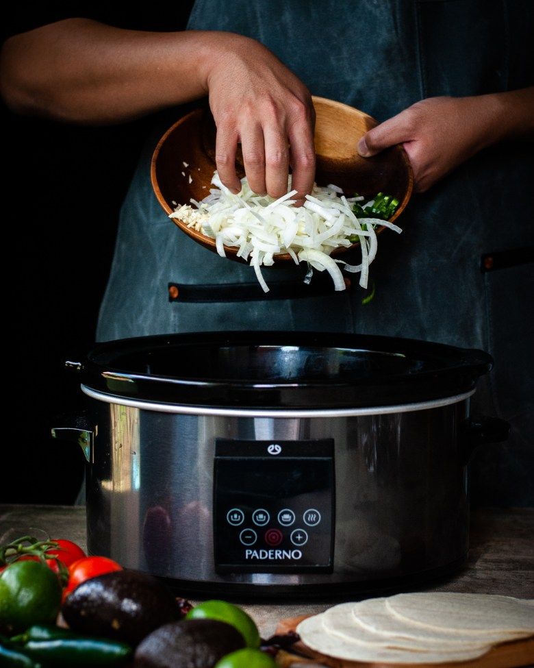 adding onions to slow cooker