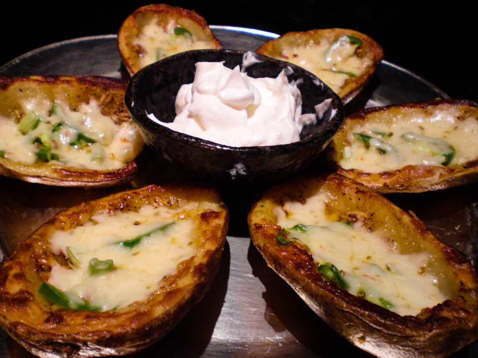 Lead your enchanted hordes with the glorious tune of your Potato Skin Flute.