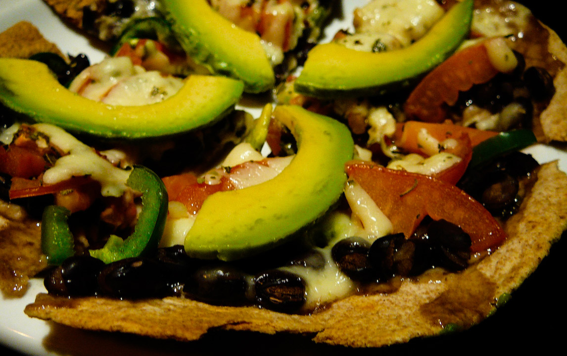 mexican-pizza-served-2