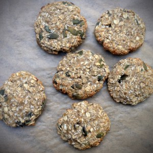 Healthy oat and banana cookies