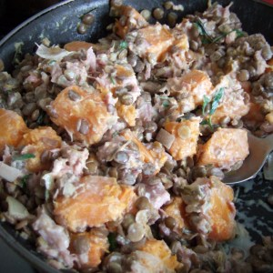 Roasted squash with ham & lentils