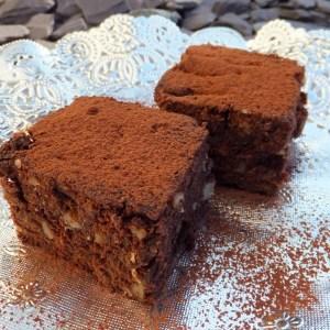Mincemeat & walnut brownies