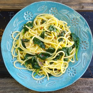 Anchovy and spinach spaghetti