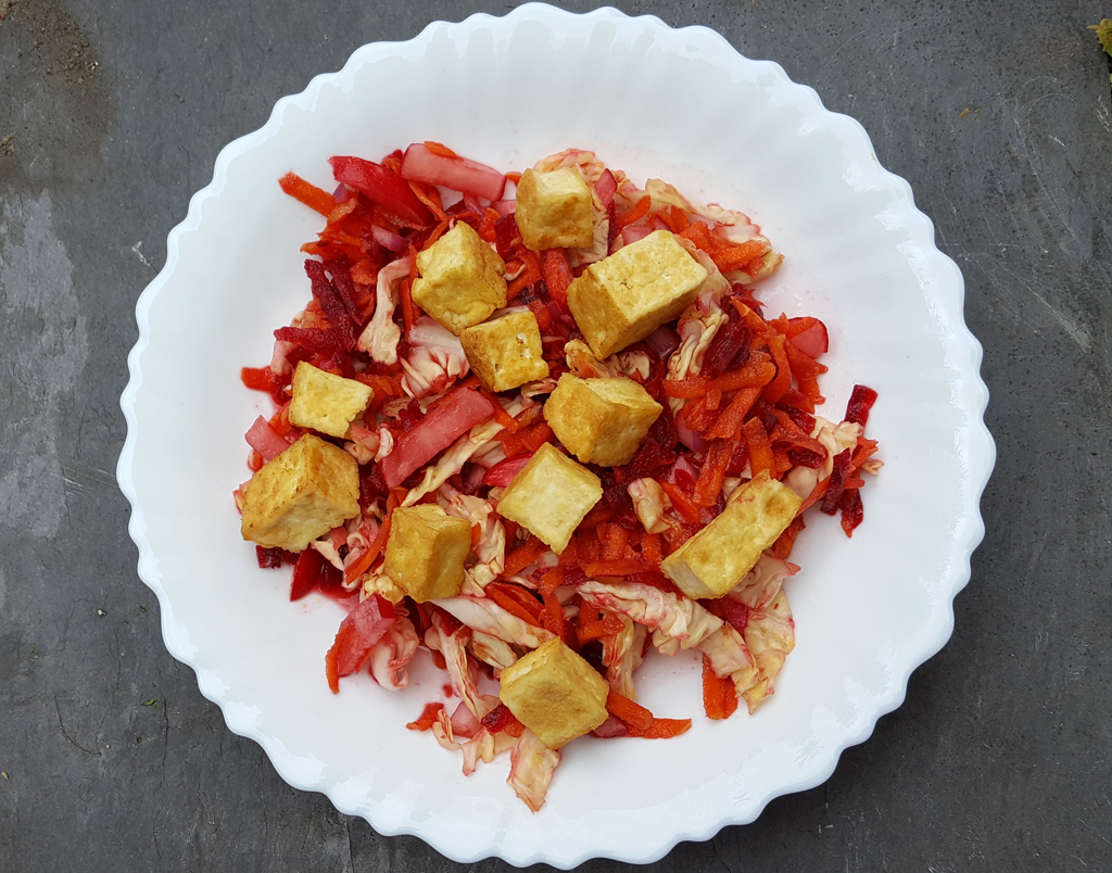 Crunchy slaw with tofu