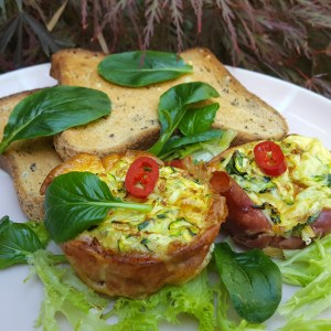 Egg and courgette muffins