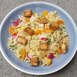 Egg-fried rice with crispy tofu