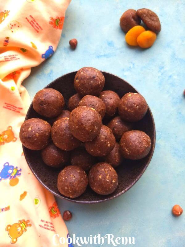 Sugarless Ragi Ladoos | Sugarless Ragi Energy Bites