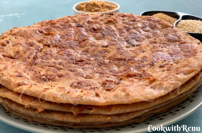 Gul poli or Tilgul poli is an Indian sweet flatbread stuffed with sesame seeds, poppy seeds, jaggery and is traditionally made for Makar Sankranti festival.