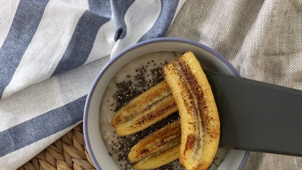 put the caramelised bananas on top of a bowl of porridge