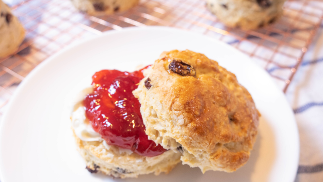 This image has an empty alt attribute; its file name is English-Scones-Second-Last-Frame-640x360.png