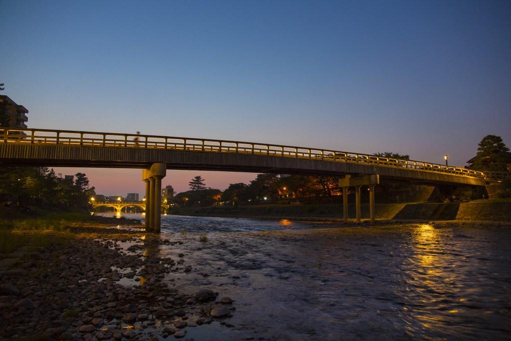 金沢 浅野川 梅ノ橋のライトアップ