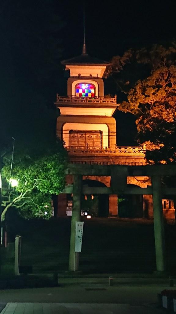 尾山神社のギヤマンの神門
