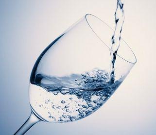 水を飲みすぎるのはよくない?