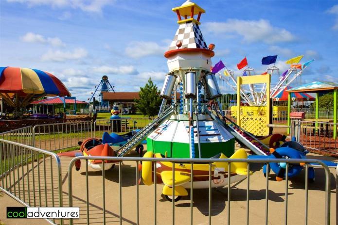 Flight Commander amusement ride, Paul Bunyan Land, Brainerd, Minnesota