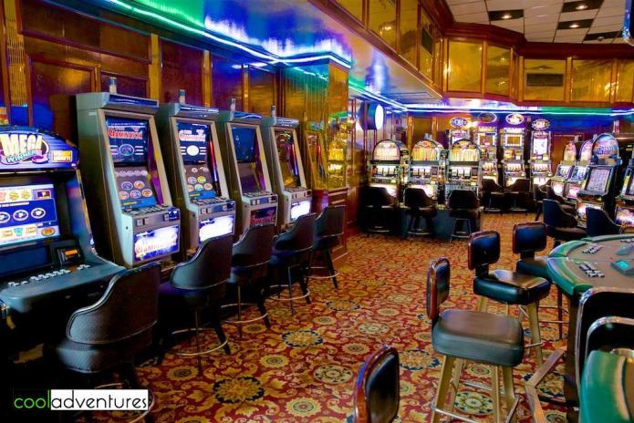 The Golden Casino, Sonesta Great Bay Beach Resort, Philipsburg, St Maarten