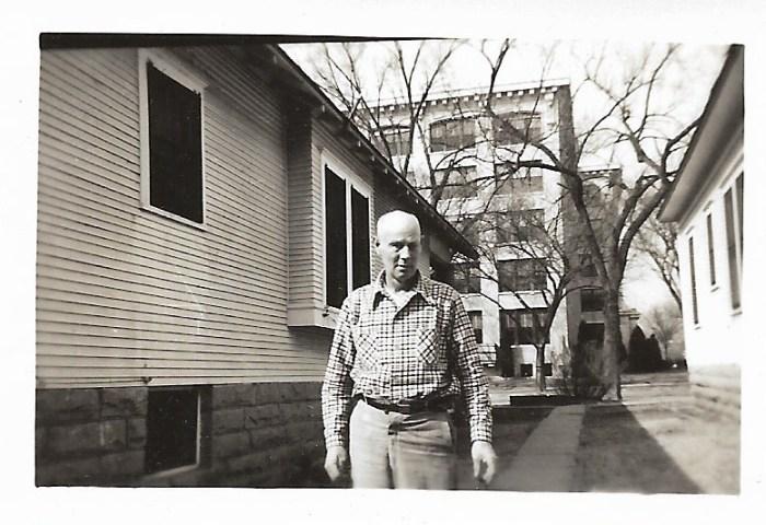 William Walker Phillis, Dec 1947, Independence, Kansas