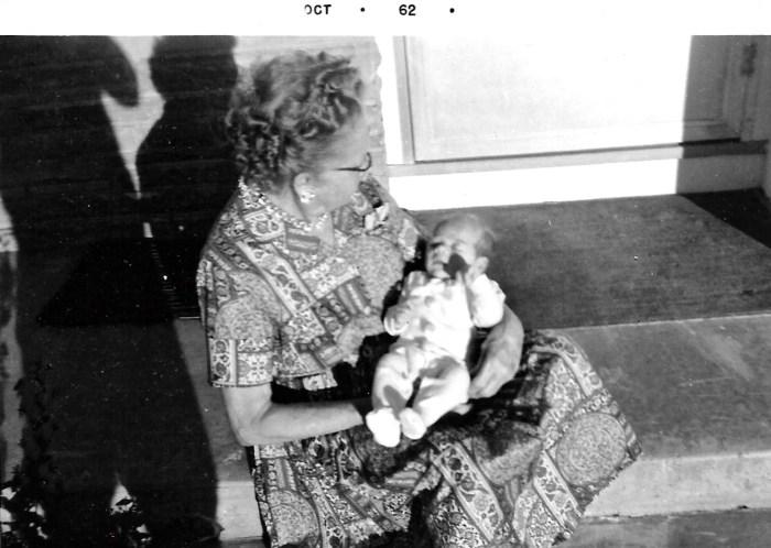 Myrtle Phillis and Kim Faulkner, Oct 1962