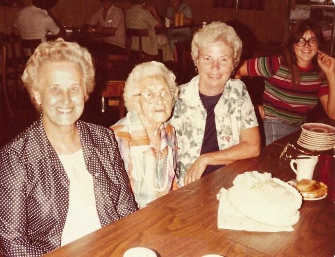 Myrtle Hooper Phillis 91st Birthday Party, Coffeyville, Kansas