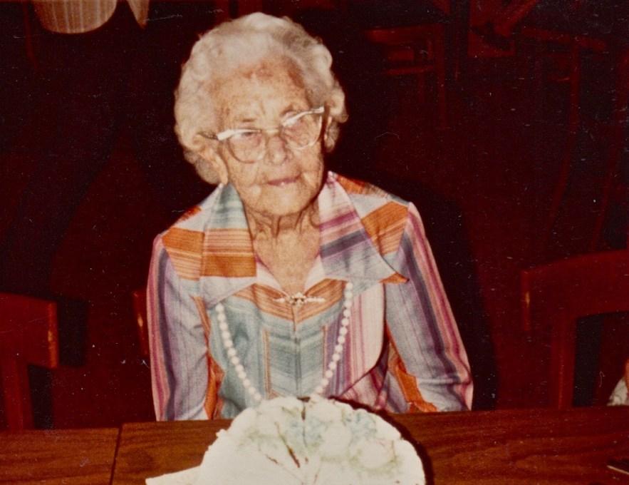 Myrtle Hooper Phillis' 91st birthday Party, 9 Sept 1977