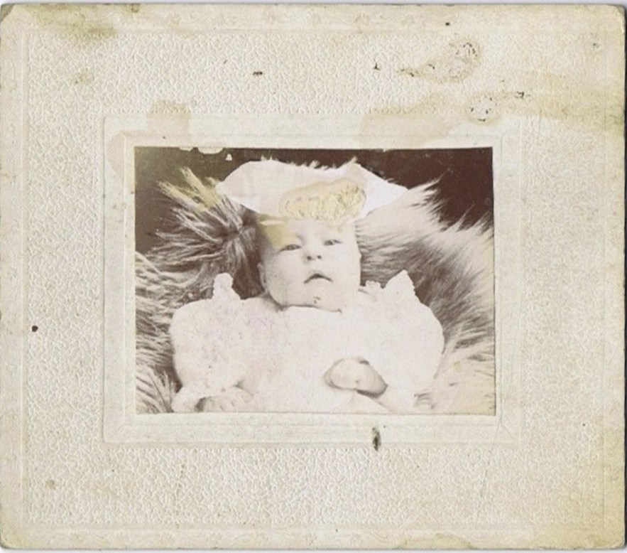 Winifred Louise Hooper family photos, unknown baby.
