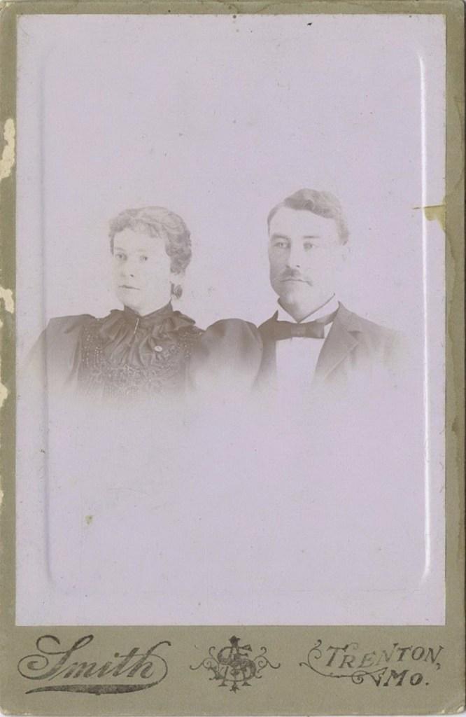 Winifred Louise Hooper family photos-couple