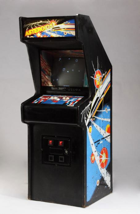 slash - asteroids arcade machine