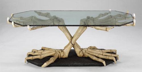 Slash dinosaur table